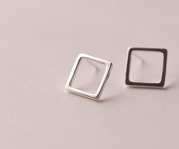 STERLING SILVER SIMPLE SQUARE EARRINGS