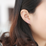 TWISTED TRIANGLE STUD EARRINGS