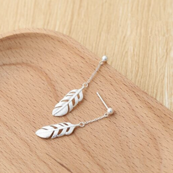 FEATHER DROP CHAIN EARRINGS