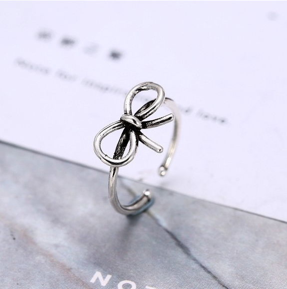 STERLING SILVER KNOT BOW RING
