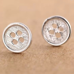 BUTTON STUD EARRINGS